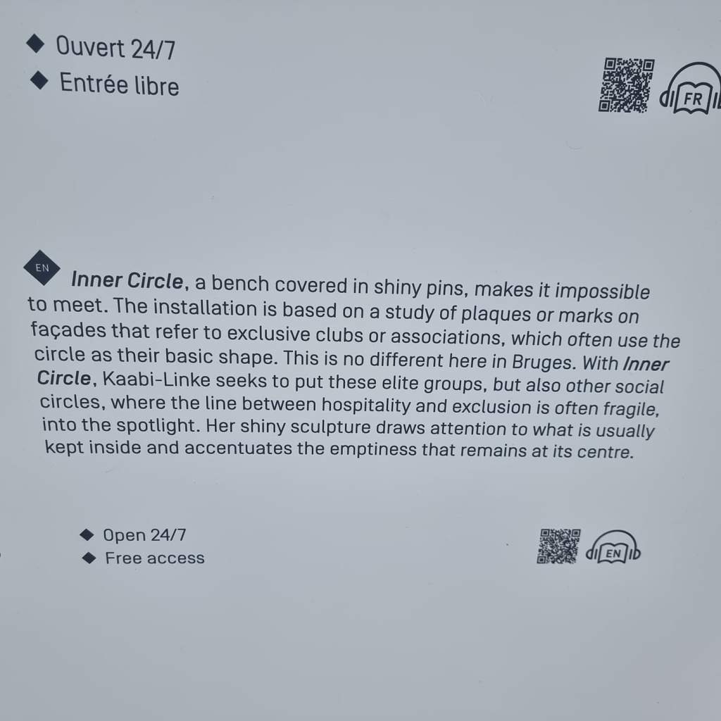Description of the artwork on plaque (text see OP)